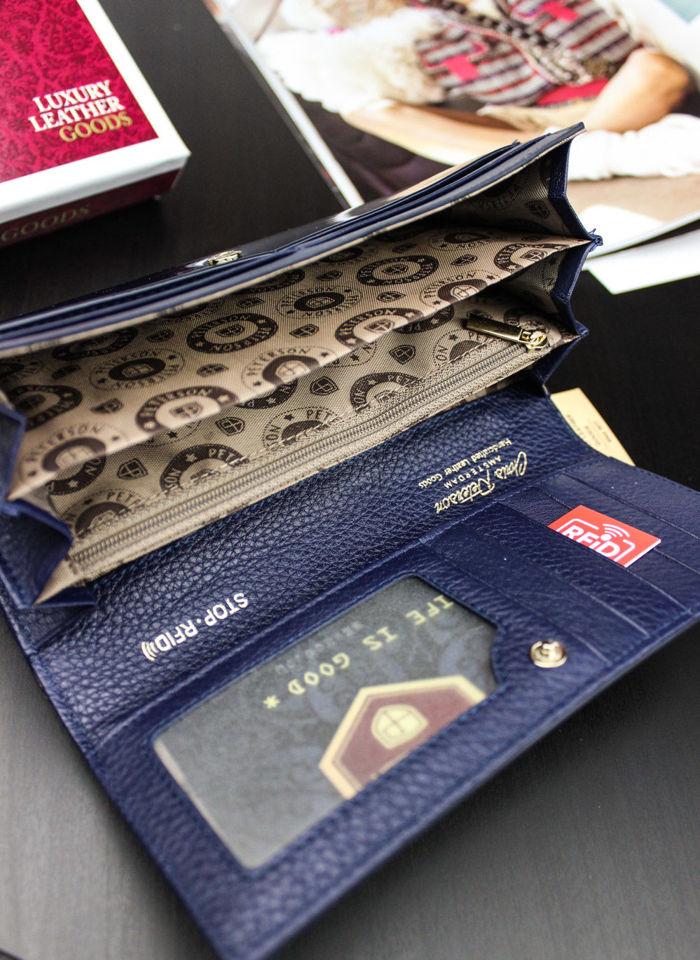 Portfel Damski Skórzany PETERSON 721 Ciemny Niebieski Lakierowany Pojemny RFID